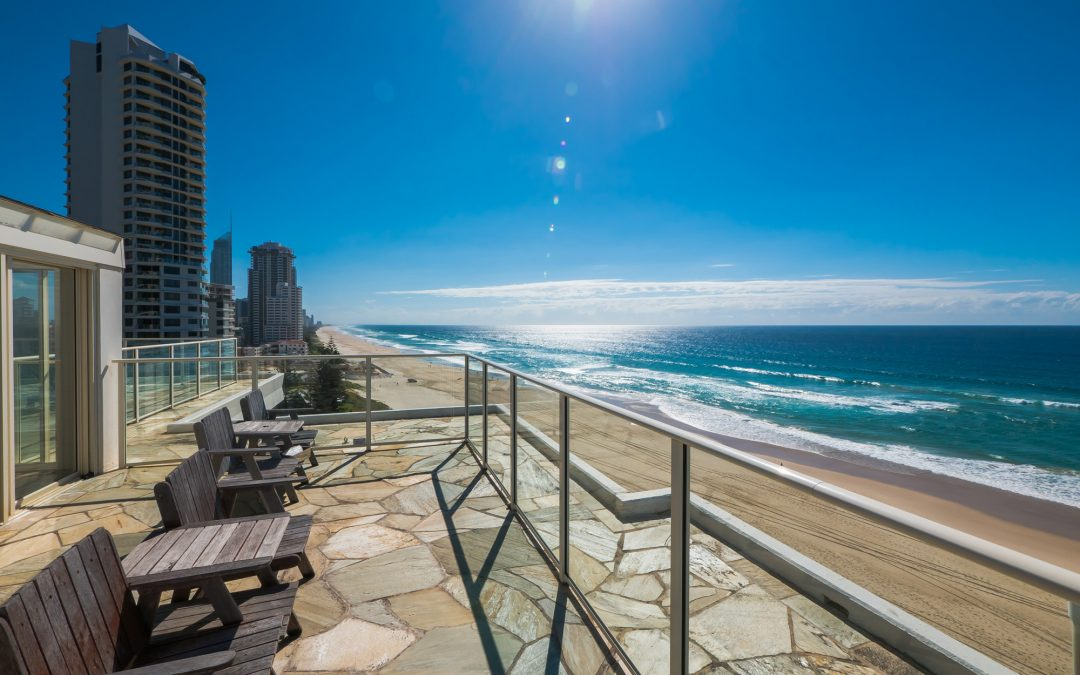 Broadbeach Beachfront Accommodation a Stone's Throw Away from the Beach
