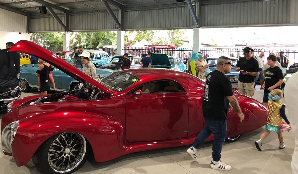 Classic Car Show Carrara Markets