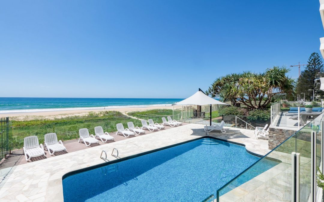 Super Specials to Avail! Beachfront Accommodation Gold Coast