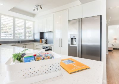kitchen in self contained apartment surfers paradise