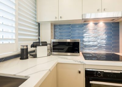 self contained holiday apartments broadbeach